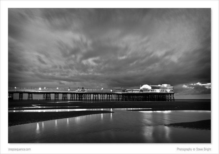 Blackpool North Pier, Dusk
